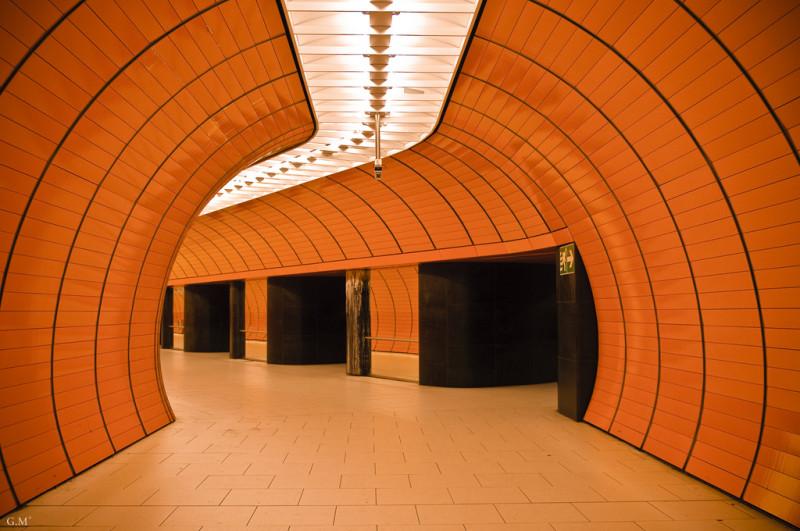 метро Marienplatz
