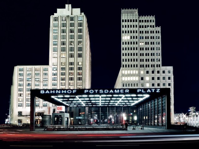 Потсдамская площадь (Potsdamer Platz)