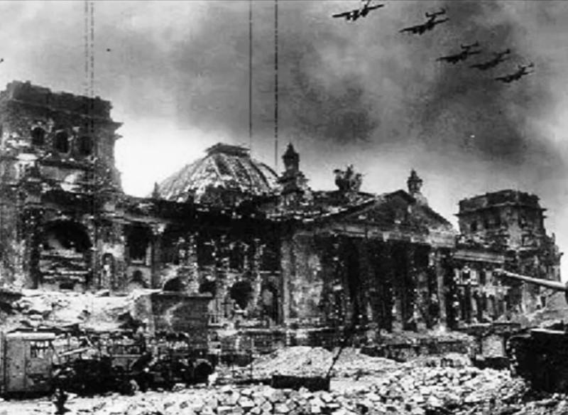 Здание Рейхстага, 1945 год