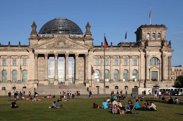 Здание Рейхстага ( Reichstagsgebäude)
