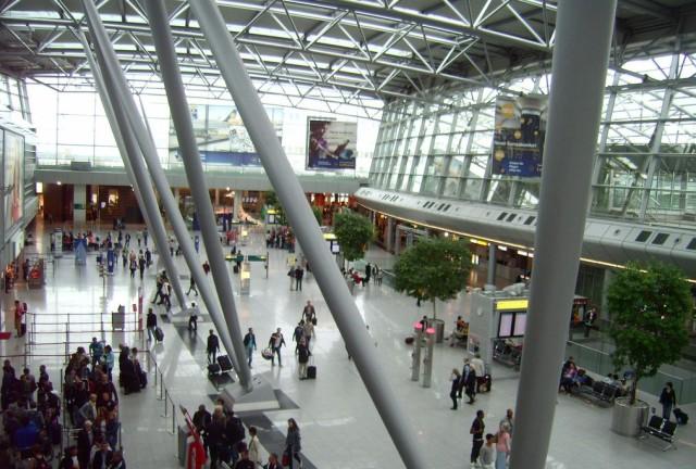 Международный аэропорт Дюссельдорф (Flughafen Düsseldorf International)