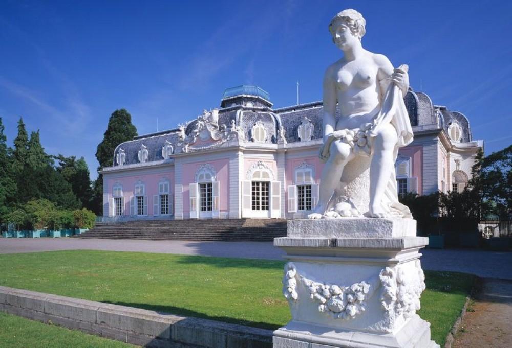 Замок Бенрат (Schloss Benrath)