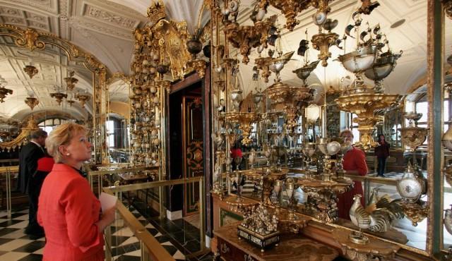 Музей «Грюнес Гевёльбе» (Grünes Gewölbe)