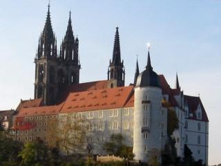 Мейсенский Замок Альбрехтсбург  — старинный замок и фарфоровая мануфактура