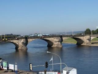 Мост Августа