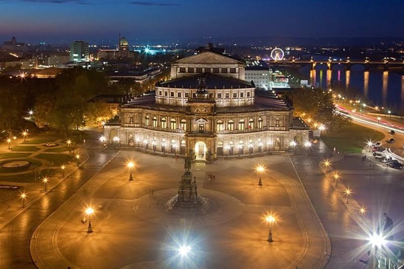 Оперный театр Земпера (Semperoper)