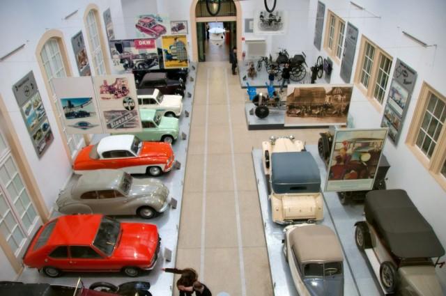 Музей транспорта в конюшне Веркер (Verkehrsmuseum)