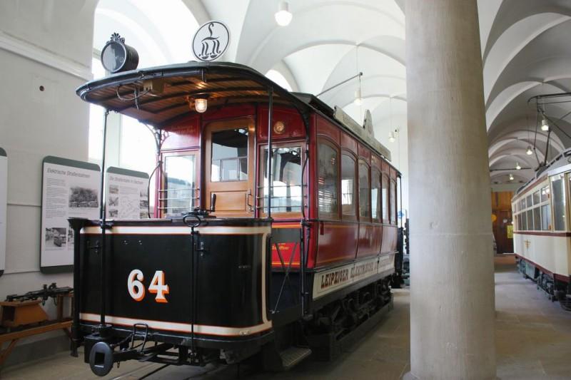 Старинные трамваи