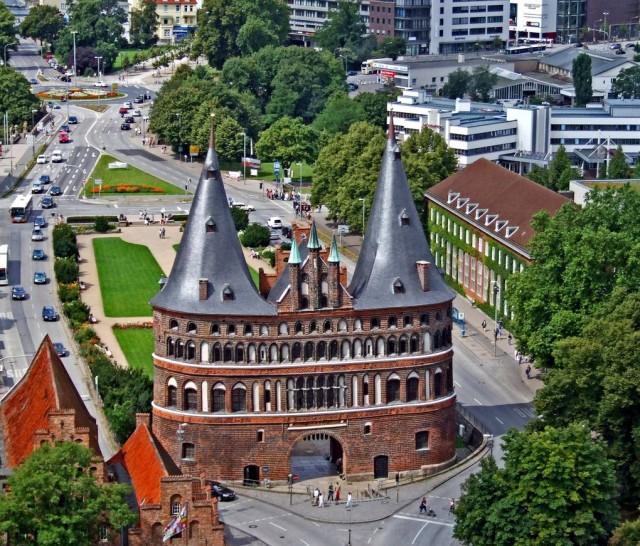 Голштинские ворота (Holstentor)