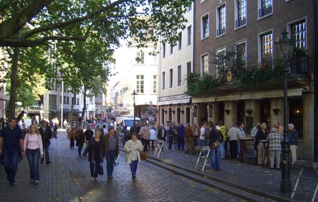 Старая часть города Дюссельдорф - Альтштадт (Altstadt)