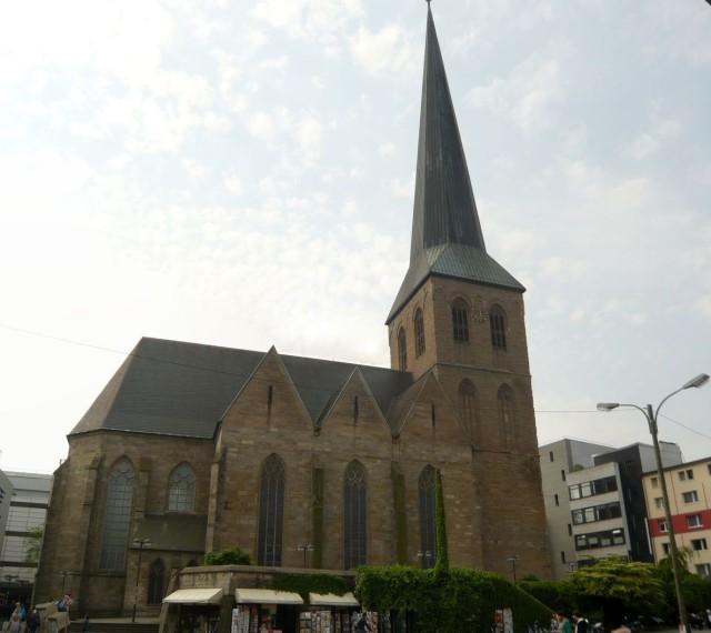 Церковь Святого Петра (Petrikirche)