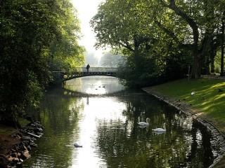 Парк Хофгартен в Дюссельдорфе один из старейших в Европе