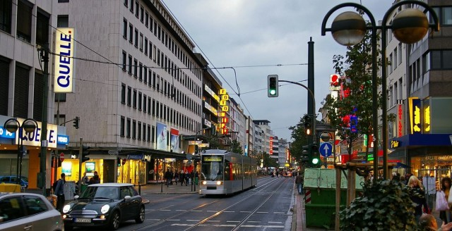 Шадовштрассе (Schadowstraße).