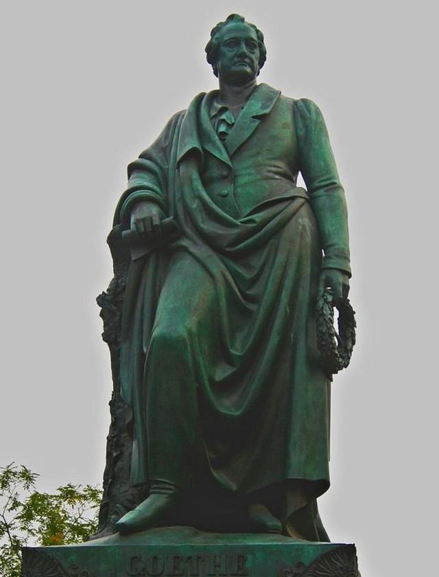 Памятник Гете (Goethe)