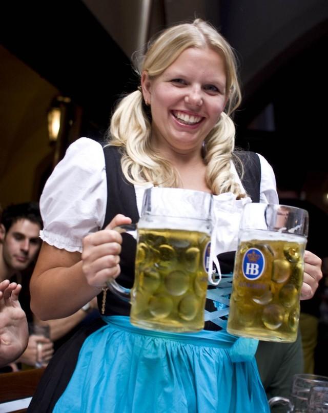 Пивная Хофбройхаус (Hofbrauhaus) в Мюнхене