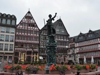Площадь Рёмерберг во Франкфурте-на-Майне