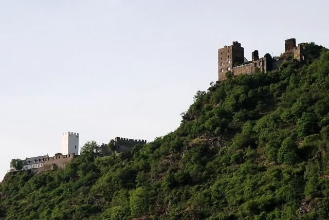 Замки Штеренберг (Burg  Sterrenberg) и Либенштайн (Burg  Liebenstein)