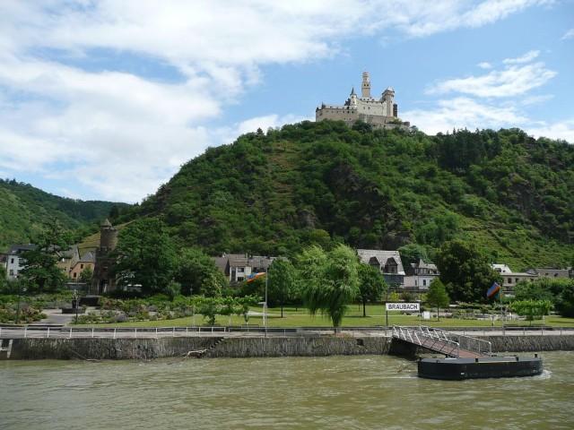 Замок Марксбург (Marksburg)