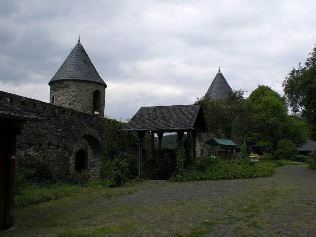 Замок Пирмонт (Burg Pyrmont)