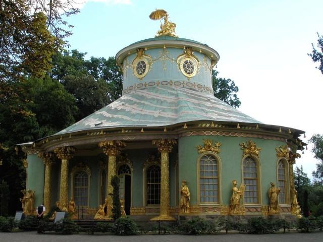 Дворцово-парковый комплекс Сан-Суси (Schloss Sanssouci im Park Sanssouci)
