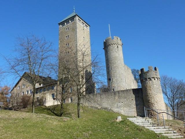 Замок Штаркенбург (Starkenburg)