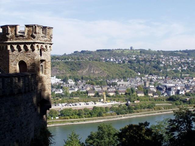 Замок Штольценфельс (Schloss Stolzenfels)