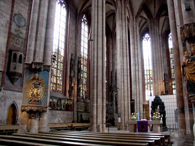 Церковь Св. Себальда (Sebalduskirche)