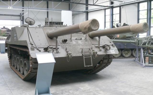 Gefechtsfeld Versuchsträger GVT 04 1975 vr