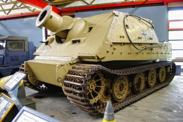 "WWII/GER Sturmpanzer VI ""Sturmtiger"" 38cm"