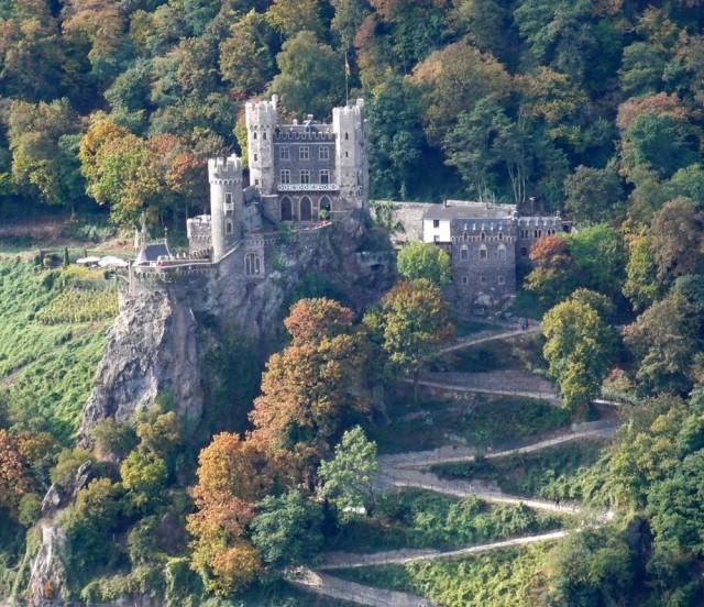 Замок Райхенштайн (Burg Reichenstein или Falkenburg genannt)