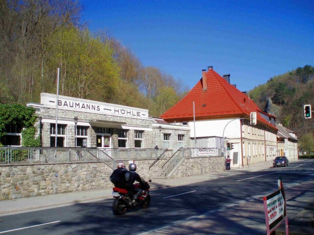 Бауманская пещера или пещера Baumanns (Baumannshöhle)