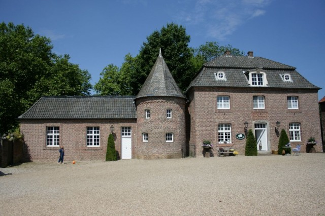 Замок Анхольт (Wasserburg Anholt)