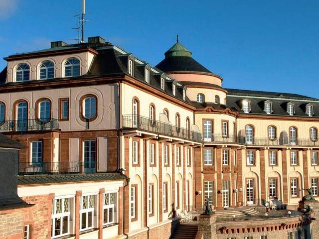 Отель Бюлерхоэ (Schlosshotel Bühlerhöhe)