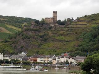 Замок Гутенфельс