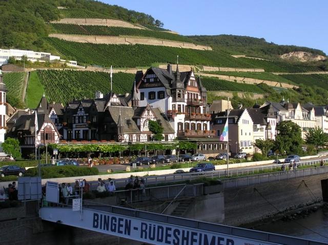 Отель Кроне Асманхаузен (Hotel Krone Assmannhausen)