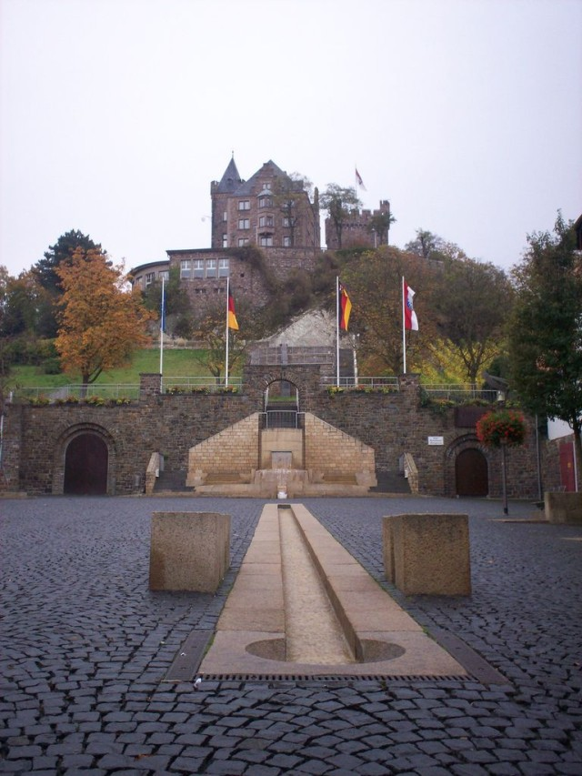 Замок Клопп (Burg Klopp)