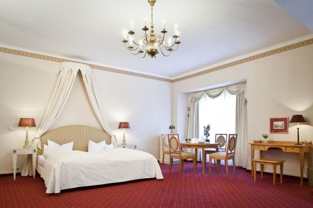 Отель во дворце Цецилиенхоф (Cecilienhof)
