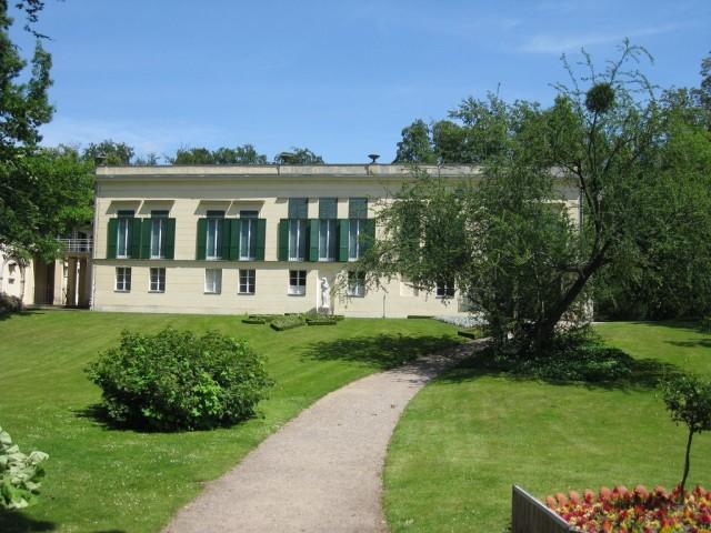 Замок Глинике (Schloß Glienicke)