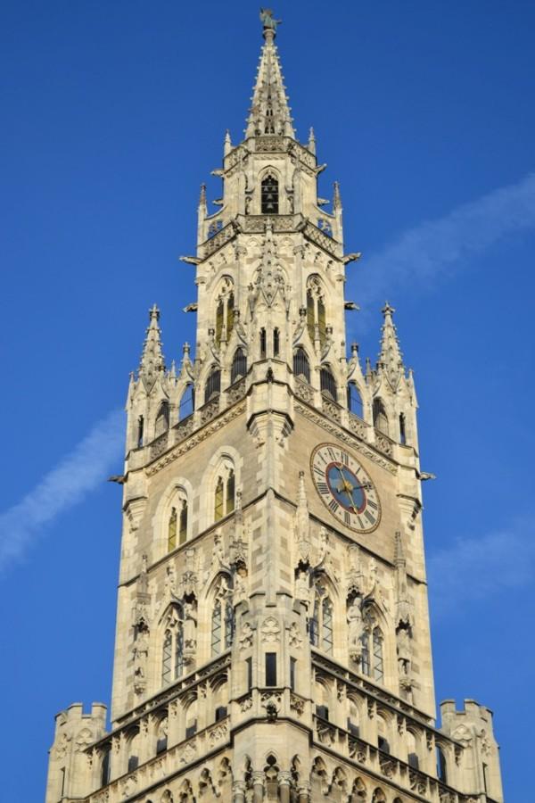 Башня и часы Новой Ратуши