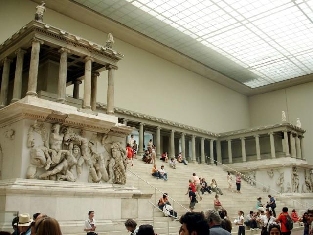 Музей Пергамон (Pergamonmuseum)