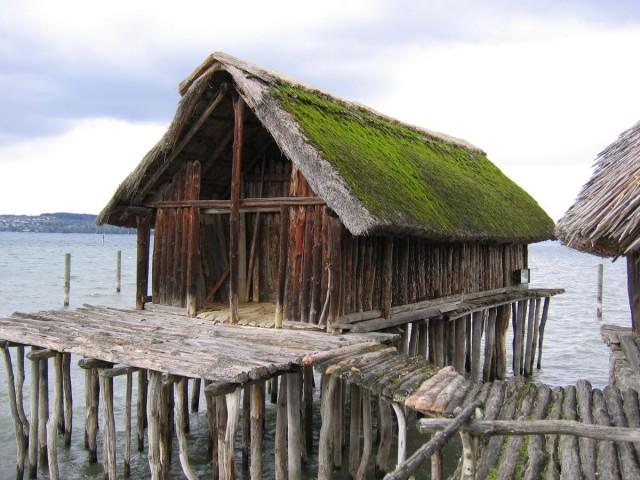 Доисторические свайные постройки