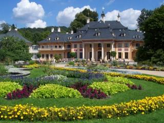Замок Пилльниц