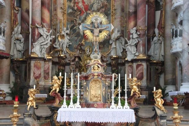Базилика Святых Александра и Теодора (Basilika St. Alexander und St. Theodor)