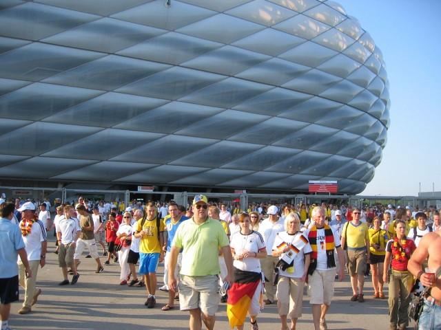Футбольный стадион «Альянц Арена» (Allianz Arena)