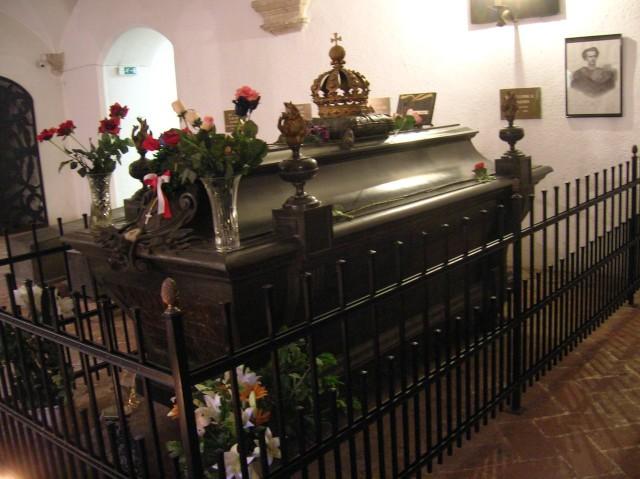 Усыпальница церкви Святого Михаила - место захоронения Людвига II