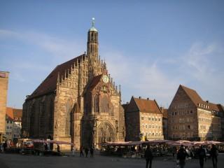 Историческая миля Нюрнберга — пешеходный экскурсионный маршрут