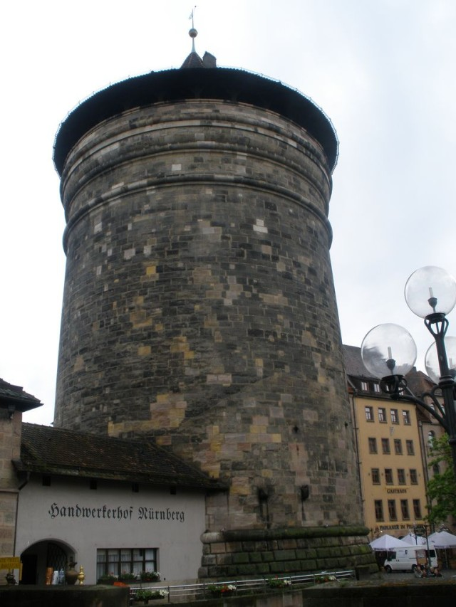 Башня Богоматери (Frauentorturm) (1)