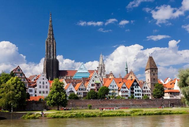 Городская стена в Ульме вдоль Дуная