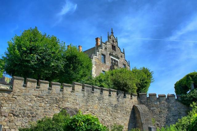 Замок Альтенштайн (Schloss Altenstein)