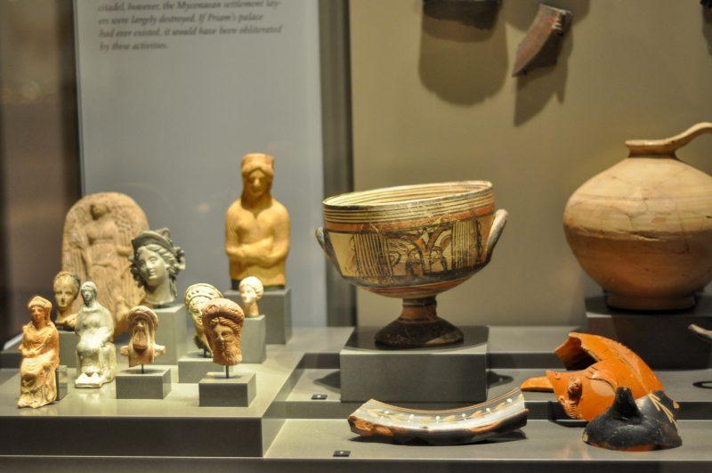 Античные экспонаты